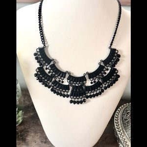 Jewelry - 5/$25 Ruffles & Beads Black Vintage Necklace